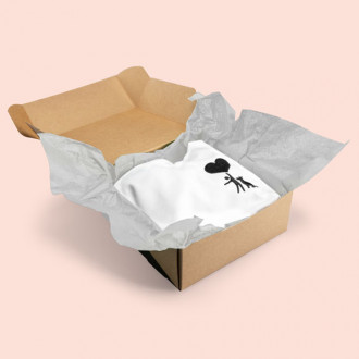 Graues Seidenpapier zum Einpacken von Klamotten